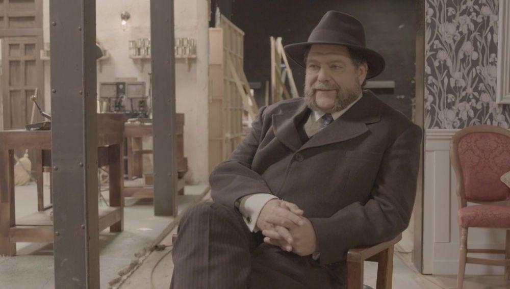 Mario Zorrilla confiesa cuál es el secreto de Mauricio Godoy en 'El secreto de Puente Viejo'