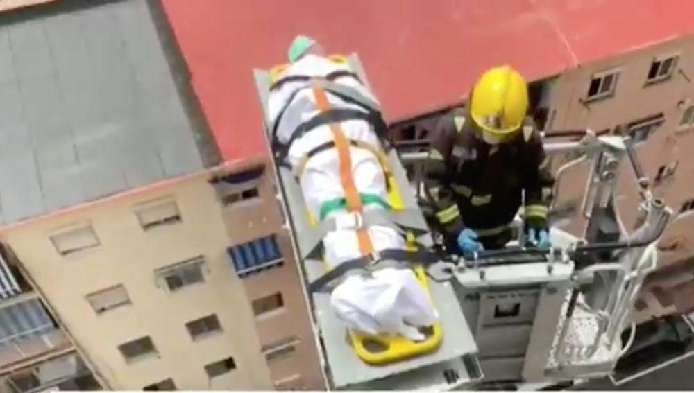 Rescate a un anciano en Málaga