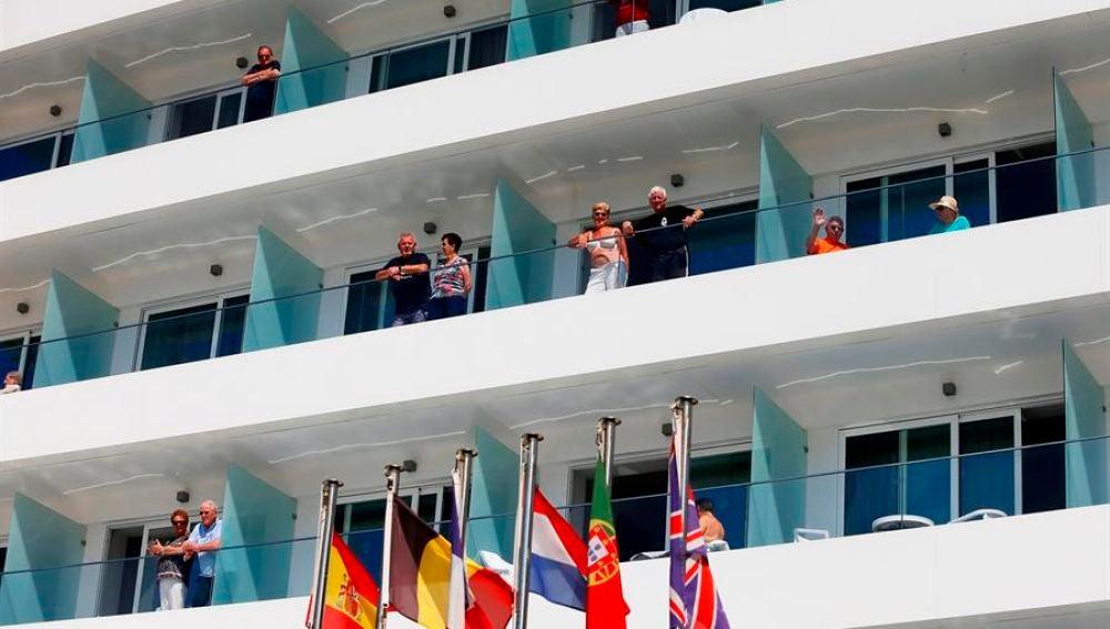 Balcones de un hotel en España