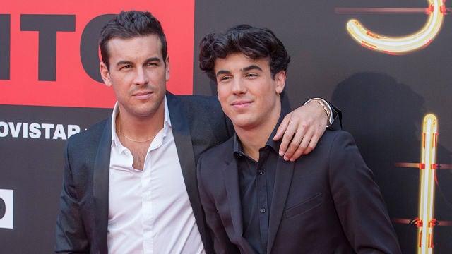Mario Casas y su hermano Óscar Casas