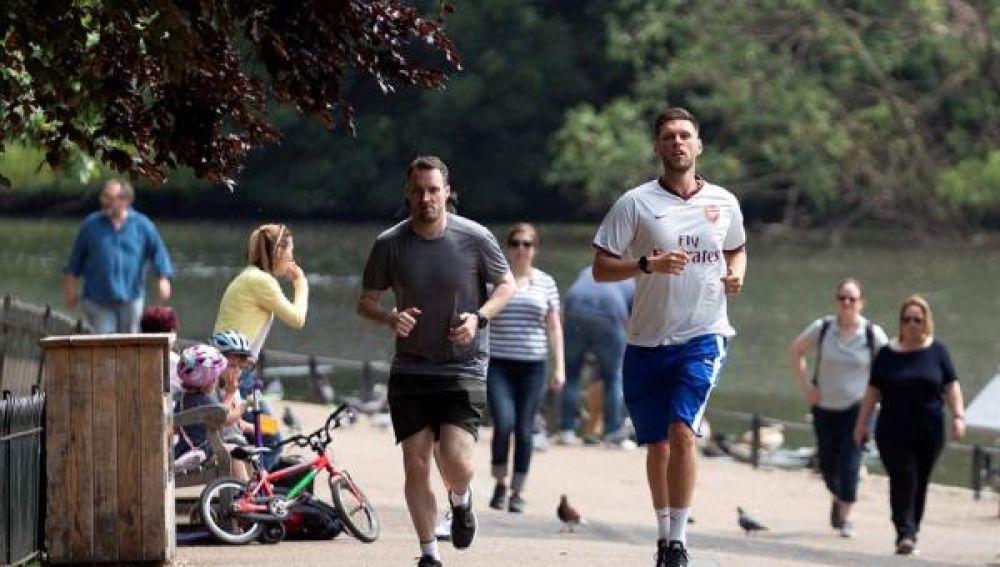 Gente haciendo deporte en Londres