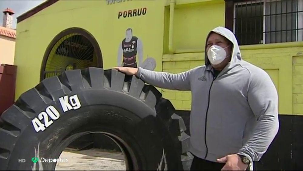 Juan Carlos Heredia 'El Porrúo', el hombre más fuerte de España, regresa a los entrenamientos