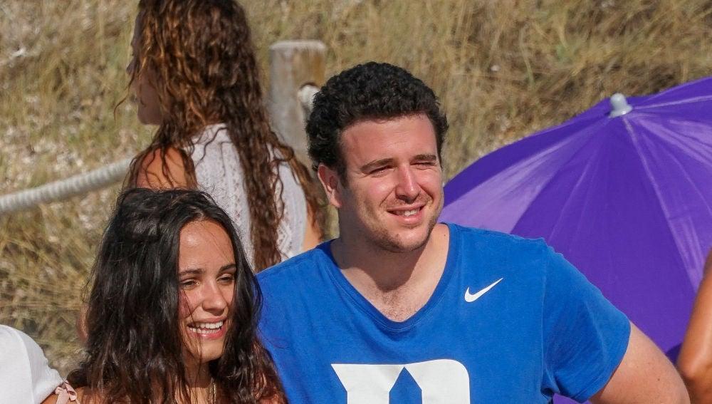Aléx Lequio y su novia, Carolina Monje
