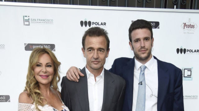 Ana Obregón, Alessandro Lequio y su hijo Álex
