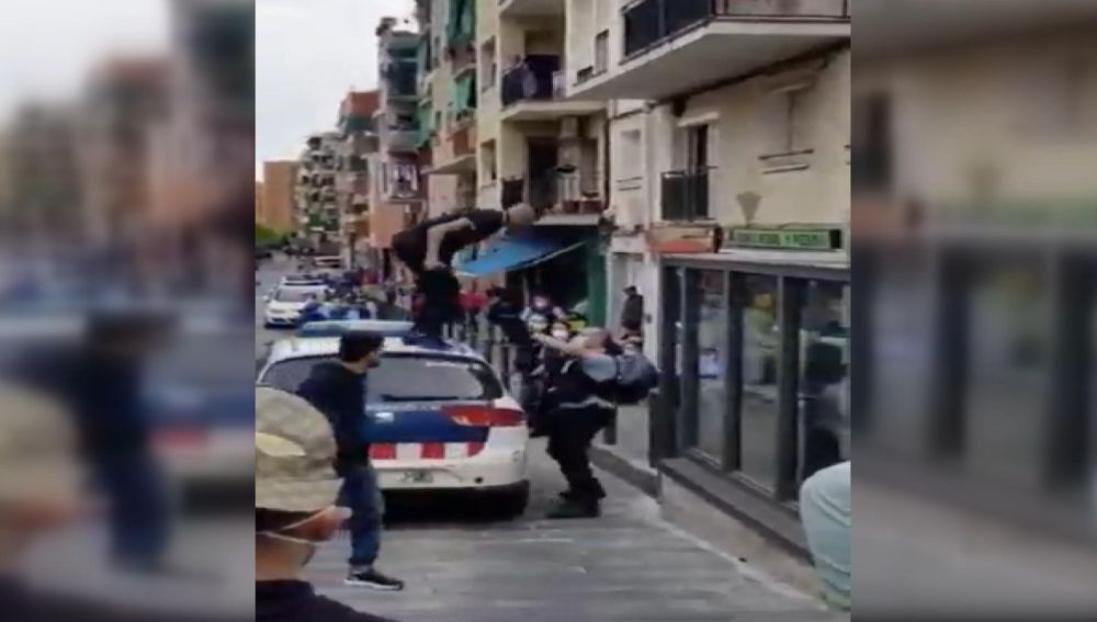 Multitudinaria pelea en Badalona