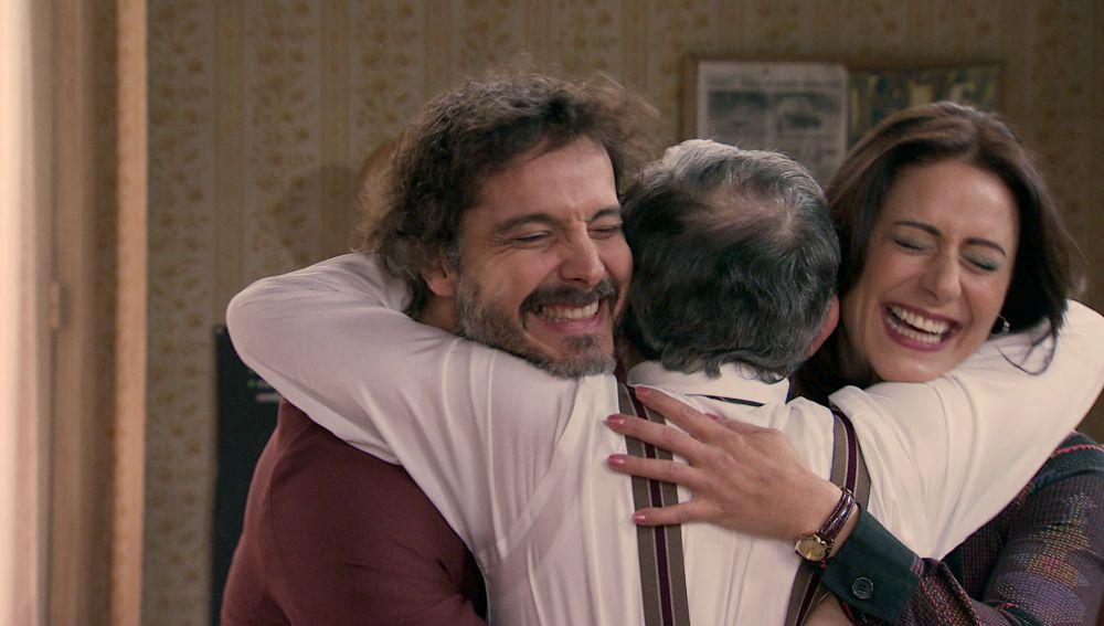 Guillermo y Cristina consiguen su sueño y lo celebran con un torpe beso