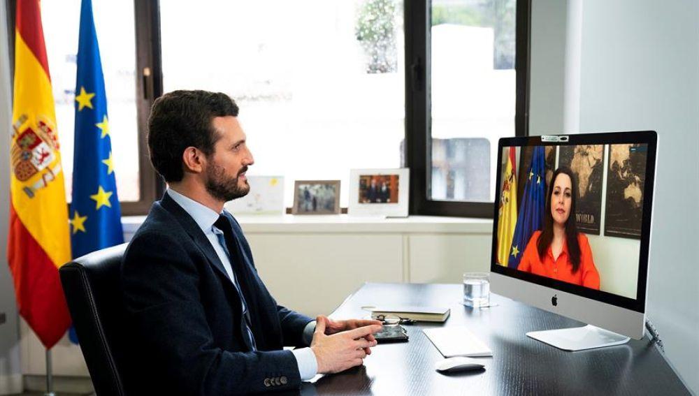 Reunión telemática Pablo Casado e Inés Arrimadas