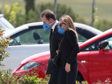 Ana Obregón y Alessandro Lequio en el entierro de Álex Lequio