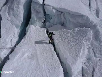 Juan García Arriaza aparca su sueño de subir el Everest para encontrar la vacuna contra el coronavirus