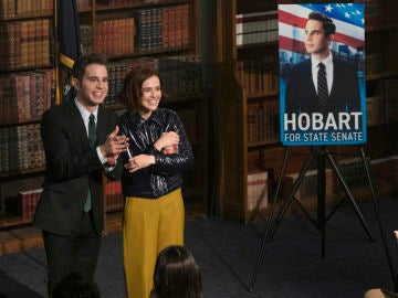 Ben Platt y Zoey Deutch en 'The Politician'
