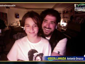 El tierno momento de Antonio Orozco con su hijo en directo en 'El Hormiguero 3.0'