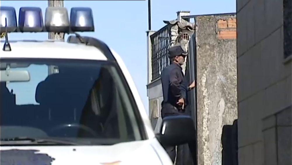 Un hombre se atrinchera en su casa tras una fuerte discusión con sus padres en Vilagarcía de Arousa