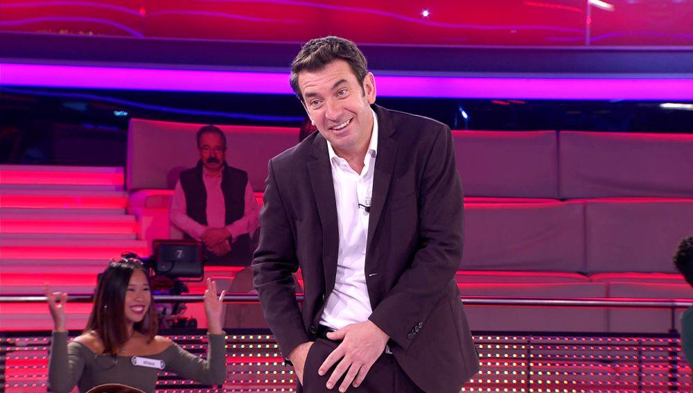 Arturo Valls pone a prueba la positividad del Mr. Wonderful de '¡Ahora caigo!'