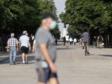 El parque de El Retiro en la primera jornada de la fase 1 en Madrid