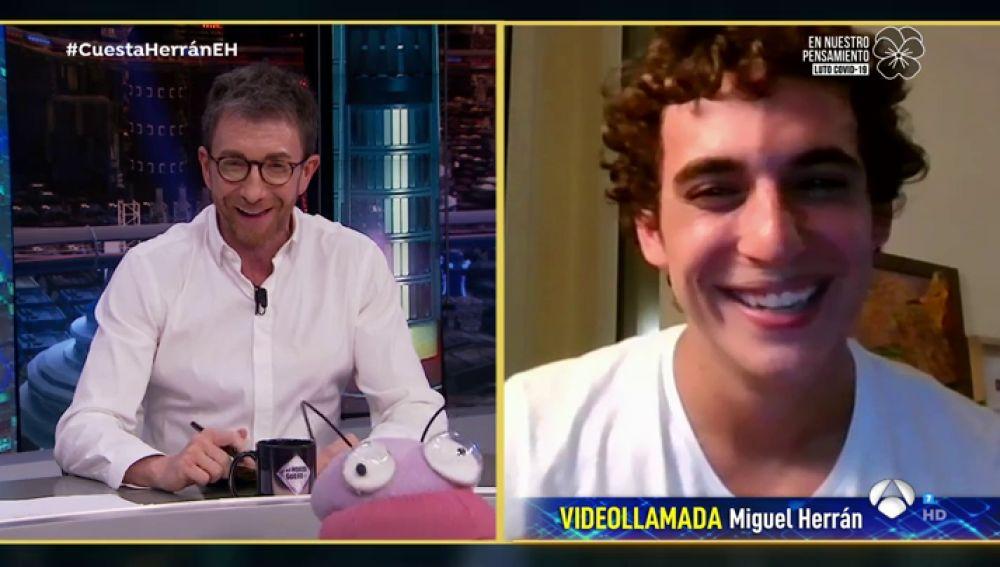 """El confinamiento de Miguel Herrán: más de dos meses sin su novia y una """"convivencia difícil"""" con un amigo"""