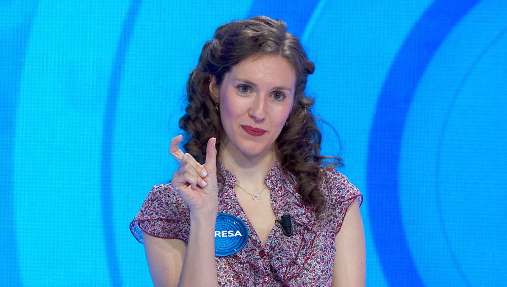Roberto Leal aprende a decir 'Pasapalabra' en lengua de signos