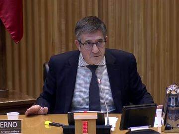 Patxi López en la Comisión de reconstrucción