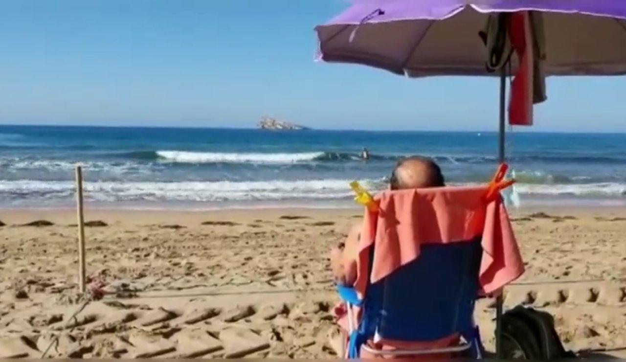 Benidorm abre sus playas con un sistema de parcelas y reserva de espacio ante el coronavirus