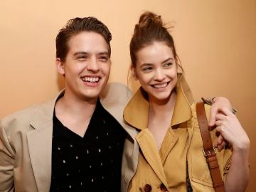 Dylan Sprouse y Barbara Palvin