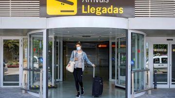 Reino Unido quiere establecer 'corredores de viajes' para turistas en España, Portugal y Grecia