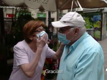 """El coronavirus no frena el amor de esta pareja de 70 años: """"La vida hay que vivirla, día que pasa, día que no recuperas"""""""
