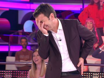 """El chocante detalle de una concursante que 'deprime' a Arturo Valls: """"¡Qué mayor me estoy sintiendo!"""""""