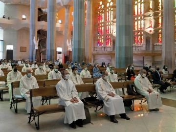 a basílica de la Sagrada Familia ha celebrado este viernes la primera misa