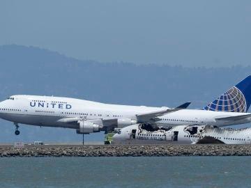 Un avión se prepara para despegar en Estados Unidos
