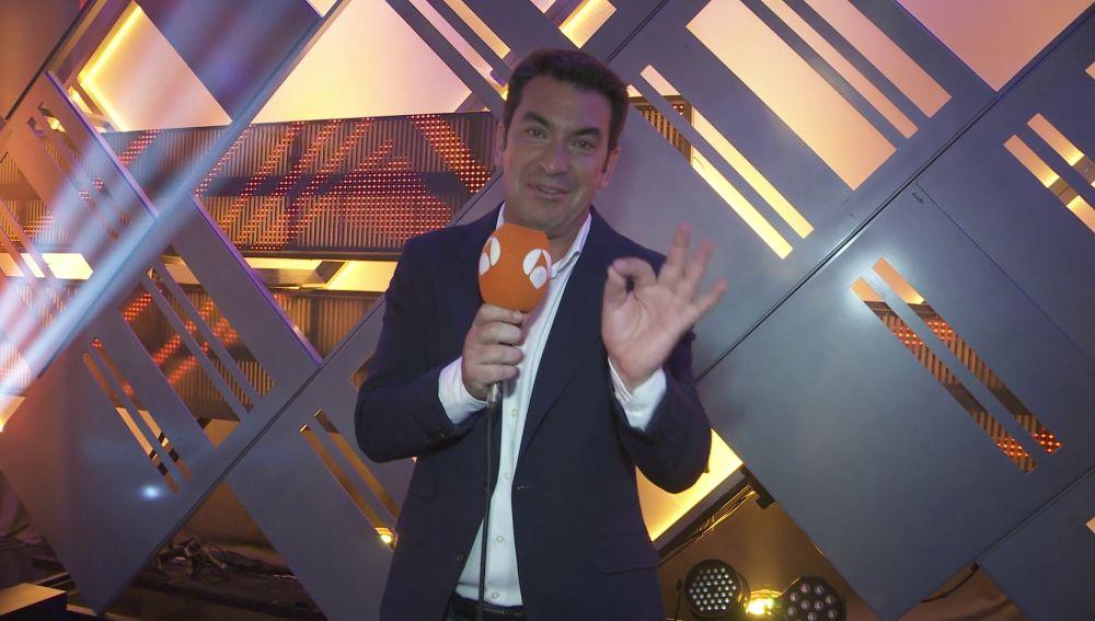 """Arturo Valls: """"¡Laura Sánchez va a jugar en pelotas!"""""""