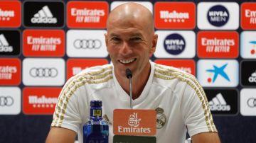 """Zidane: """"Achraf Hakimi es nuestro pero en este club hay dos cosas, la económica y la deportiva"""""""