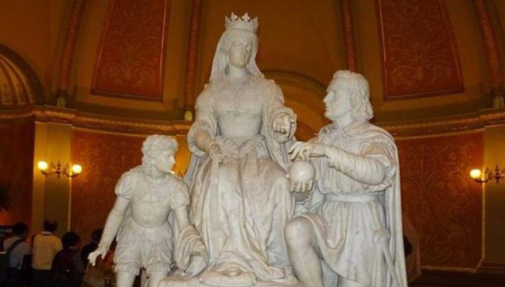 Madrigal de las Altas Torres, el pueblo de Isabel la Católica, pide 'adoptar' la estatua que van a retirar en California