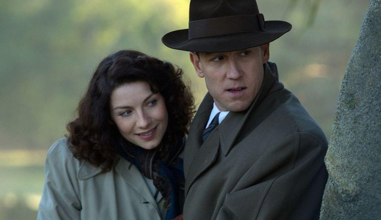 Caitriona Balfe y Tobias Menzies como Calire y Frank Randall en 'Outlander'
