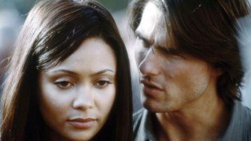 Thandie Newton y Tom Cruise en 'Misión Imposible 2'
