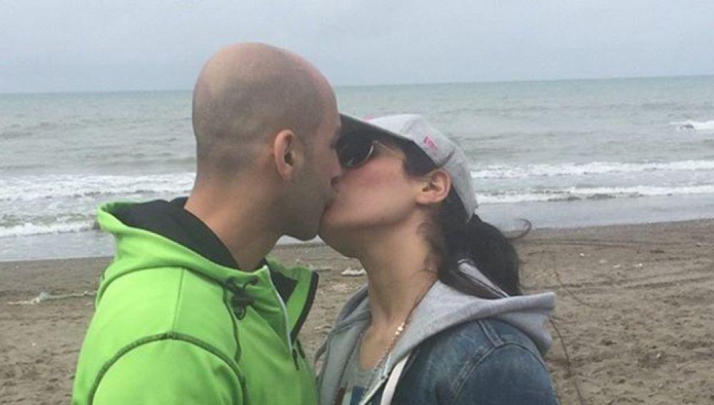 Cárcel y latigazos para una pareja de kick-boxing iraní por unas fotos besándose en Instagram