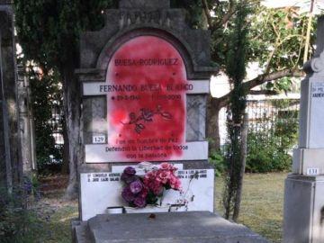 Pintura en la tumba de Fernando Buesa