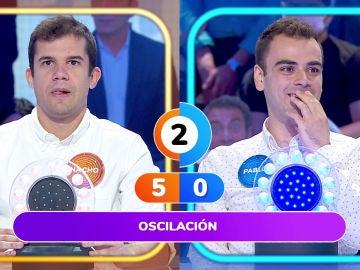 Todo el plató sufre con Nacho y Pablo por no conocer una famosa canción de Julio Iglesias