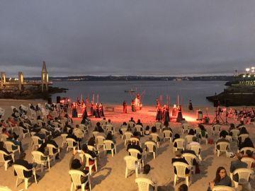 The Guardian se hace eco del respeto a las medidas de distanciamiento social en A Coruña