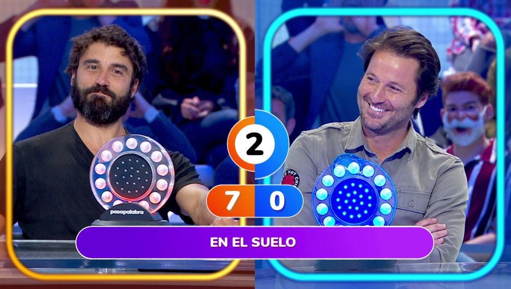 Jennifer López levanta el ánimo de Fernando Andina al sumar punto para su equipo en 'Pasapalabra'
