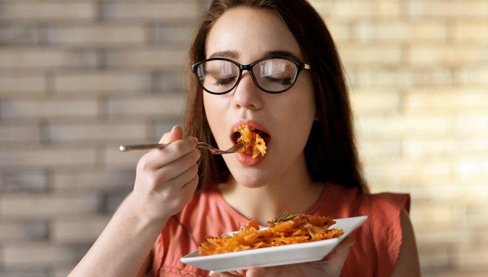 Comiendo pasta