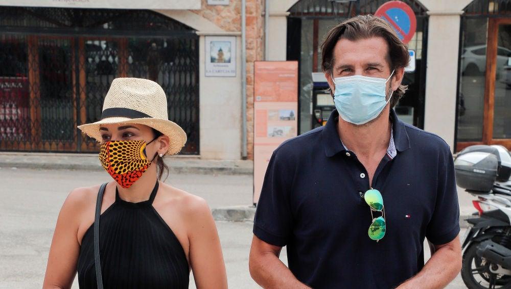 Chenoa y Miguel Sánchez Encinas