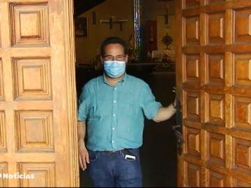 Juan Miguel Gutiérrez, un cura para 45 pueblos de Burgos