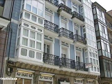 Una mujer apuñala mortalmente a su pareja en una pensión de Bilbao