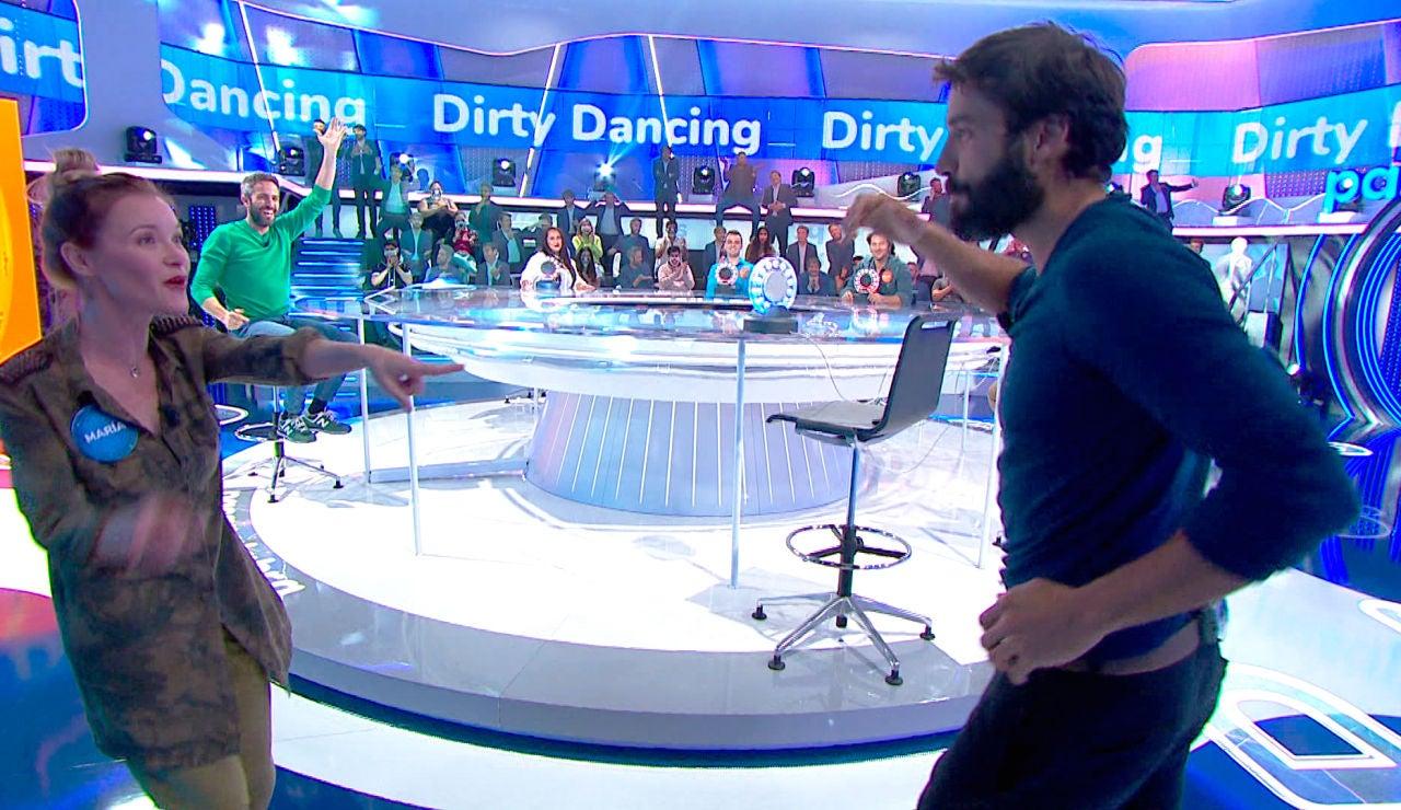 Álex García y María Esteve se lucen en 'Pasapalabra' bailando al estilo 'Dirty dancing'