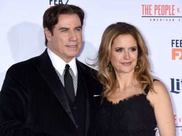 John Travolta y Kelly Preston