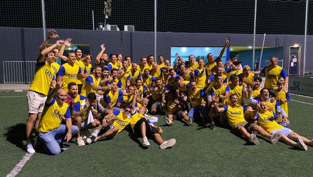 Los jugadores de Cádiz celebran el ascenso a Primera División