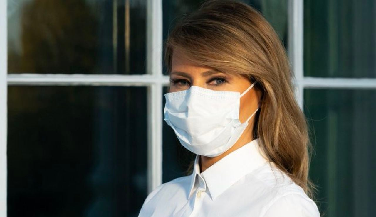 Melania Trump, a favor de llevar mascarillas
