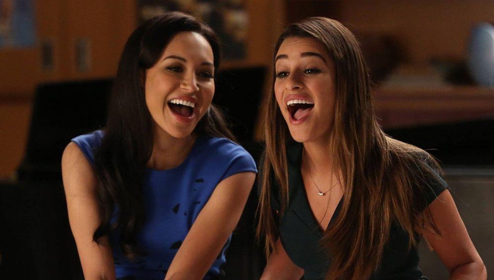 Naya Rivera y Lea Michele en 'Glee'