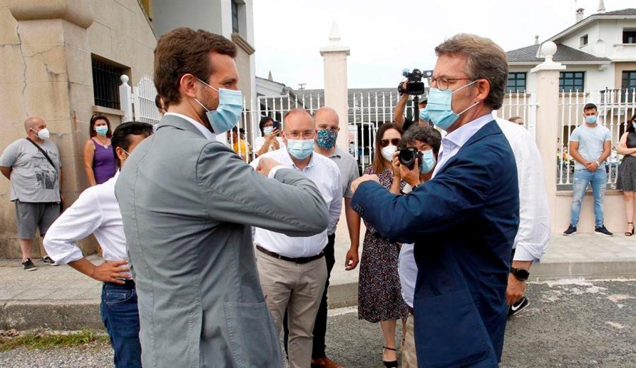 Pablo Casado junto a Alberto Núñez Feijóo en precamañana por las elecciones gallegas 2020