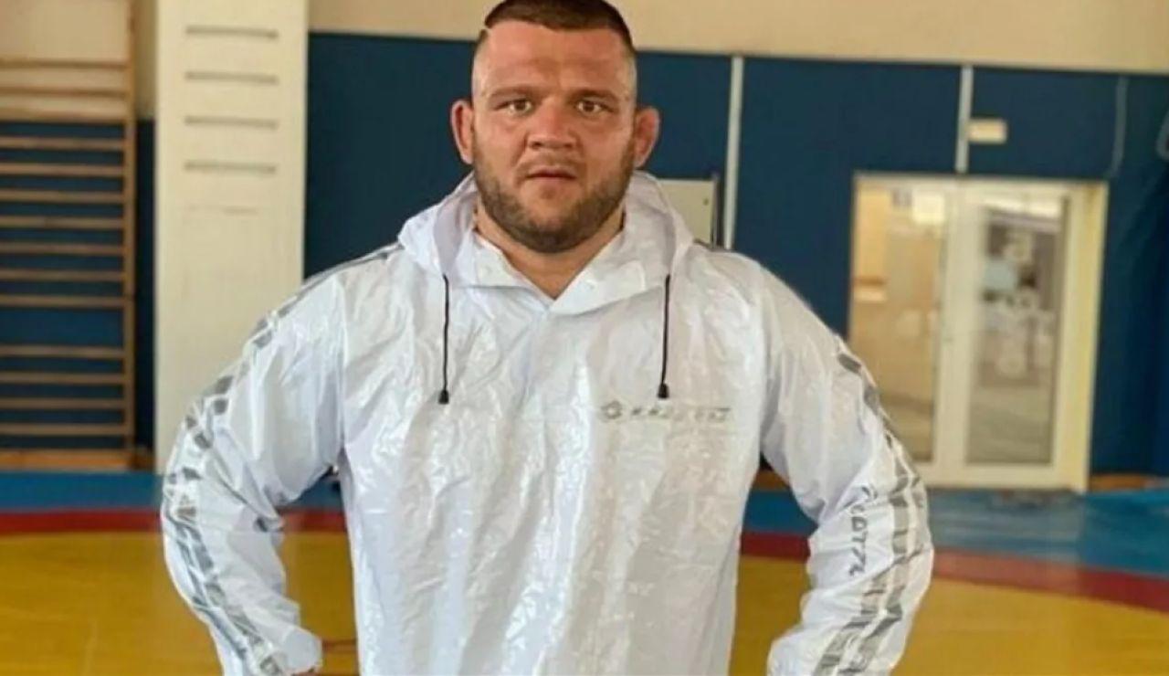 Muere de coronavirus Nikolái Shterev, un luchador búlgaro de 33 años
