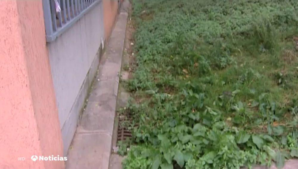 Encuentran el cadáver de un bebé recién nacido en plena calle en Barcelona